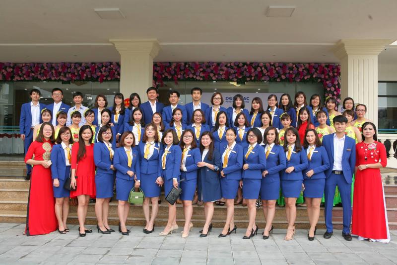 Cán bộ nhân viên của Công ty TNHH Tư vấn thuế - tài chính Đông Bắc