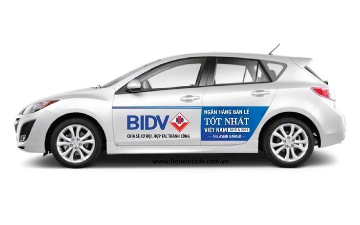 Dịch vụ quảng cáo trên xe ô tô của Công ty Liên Việt