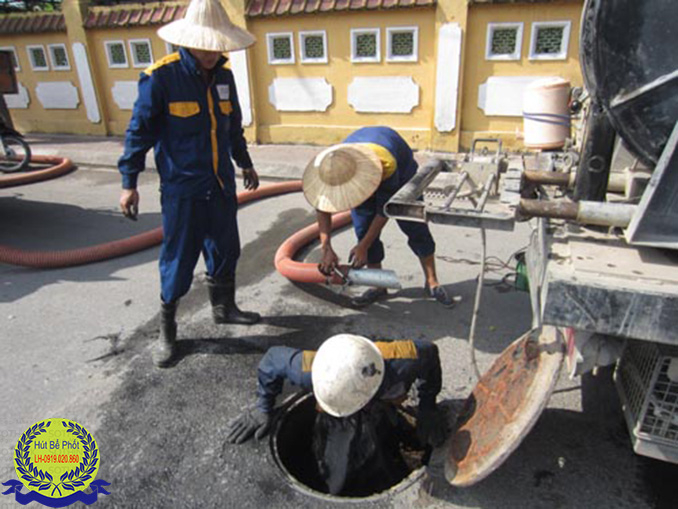 Công ty vệ sinh môi trường Nhật Vượng