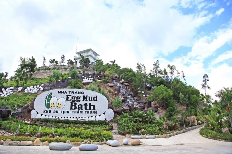 Công viên 100 Trứng