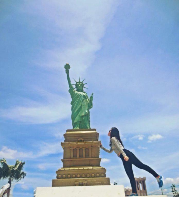 Công viên kỳ quan Thế Giới