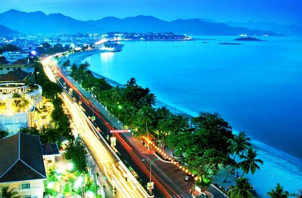 Công viên bờ biển Nha Trang (Công Viên Trần Phú)