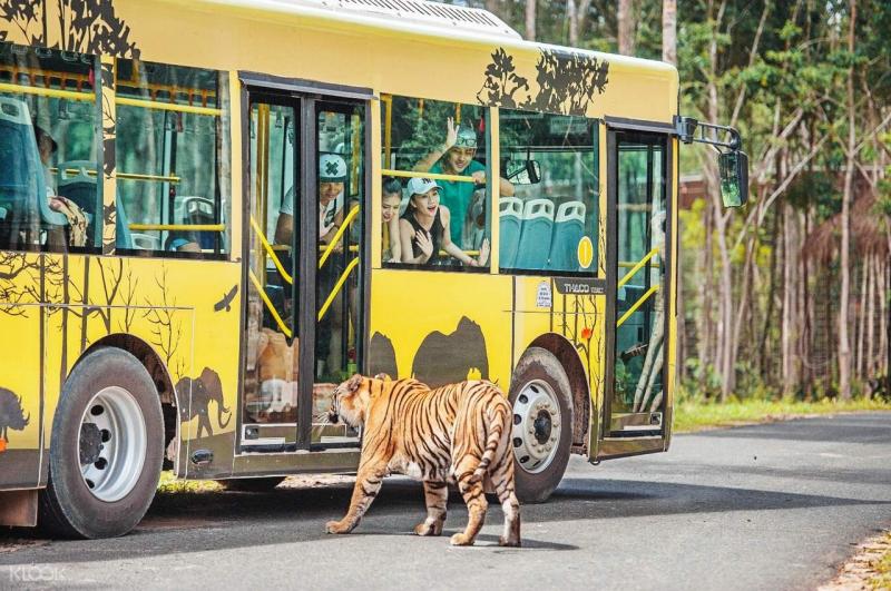 Công viên Chăm sóc và Bảo tồn Động vật Vinpearl Safari Phú Quốc