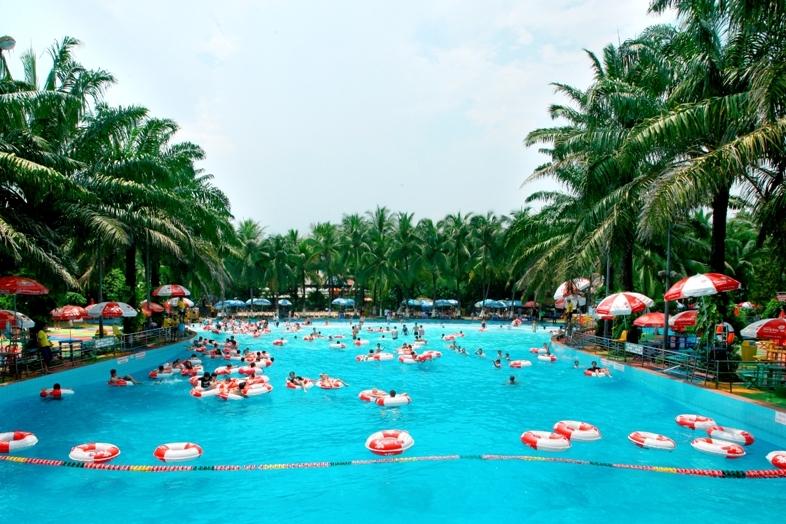 Công viên nước Đầm Sen là địa điểm vui chơi cuối tuần thích hợp cho các gia đình ở TP. Hồ Chí Minh