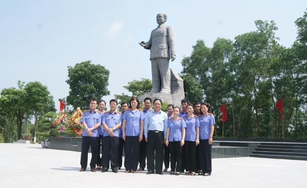 Công viên Hoàng Quốc Việt là địa điểm tổ chức các sự kiện lớn của thành phố