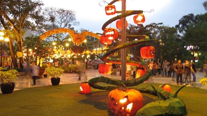 Công viên Lê Thị Riêng (miễn phí)