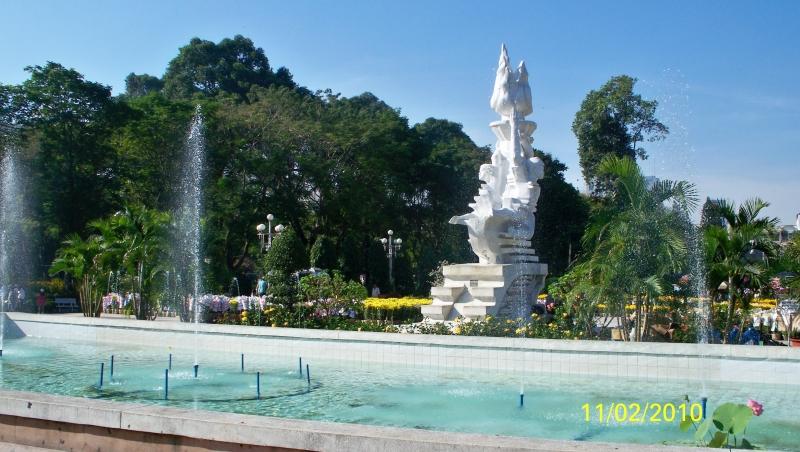 Hình ảnh tại công viên Lê Văn Tám