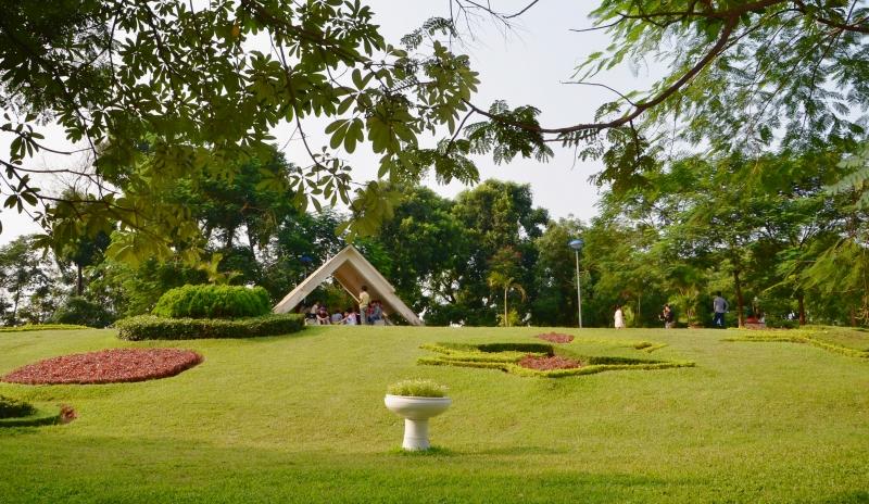 Công viên Nghĩa Đô