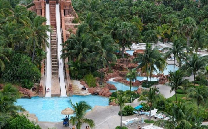 Công viên nước Aquaventure với diện tích 141 mẫu vuông luôn sẵn sàng chào đón du khách đến với khu nghỉ dưỡng Atlantis.