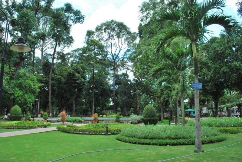 Những góc xanh bình yên trong công viên Tao Đàn