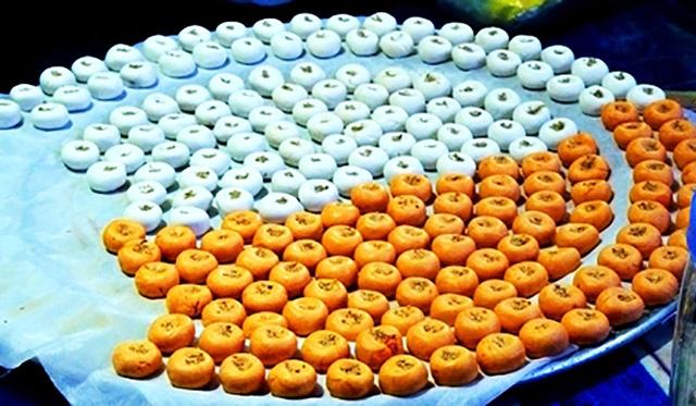 Coóng phù xứ Lạng nấu với nước đường quyện vị thơm của gừng và đường đặc biệt khiến người ta thích thú vào mùa đông
