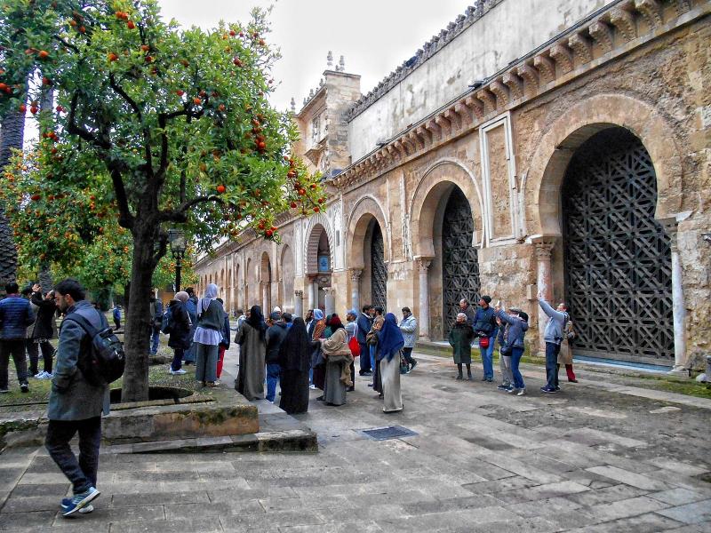 Một góc của khu phố cổ Paseo de Judios.