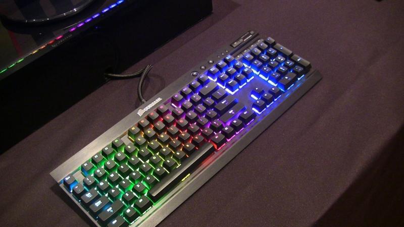 Bàn phím Corsair Vengeance k70 RGB