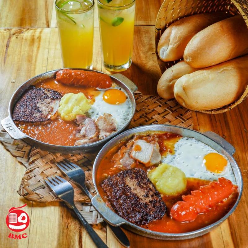 Bánh mì chảo Cột Điện Quán