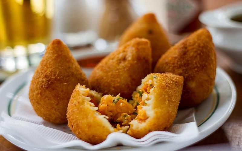 Coxinhas - Món ăn đường phố đặc trưng của Brazil