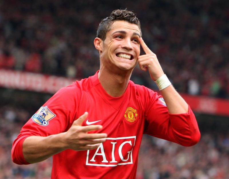 Ronaldo làm rạng danh chiếc áo số 7 huyền thoại của MU