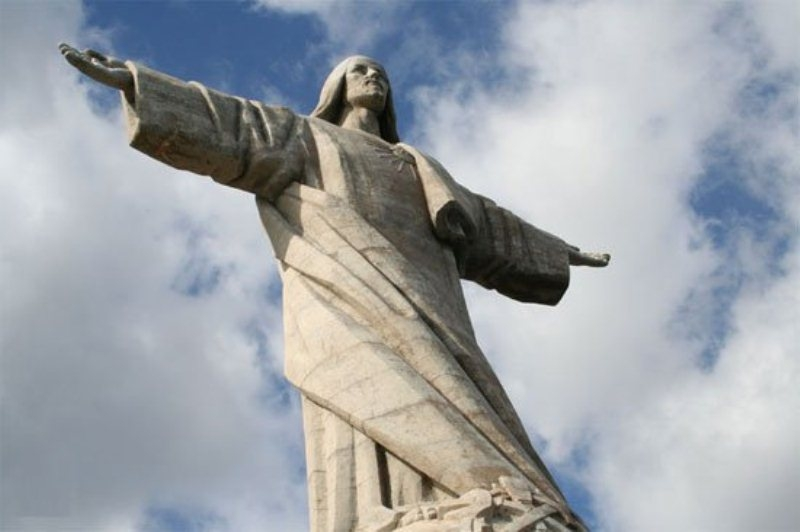 Bức tượng Cristo-Rei