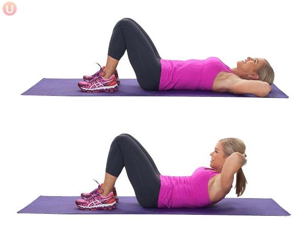 Crunches là một trong những bài tập giảm mỡ bụng cơ bản nhất, đơn giản nhưng mang lại hiệu quả cao.