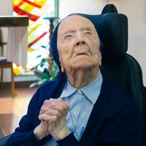 Cụ bà Lucile Randon là người sống lâu đời thứ hai trên thế giới và là người sống lâu nhất ở nước Pháp còn sống đến thời điểm hiện tại.