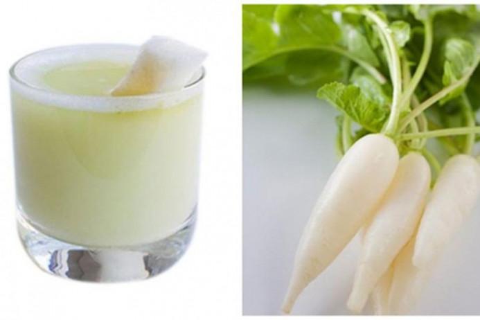 Củ cải trắng có chất khử độc tự nhiên có tác dụng ức chế và khử bớt mùi hôi trên cơ thể, đặc biệt là mùi hôi chấn.