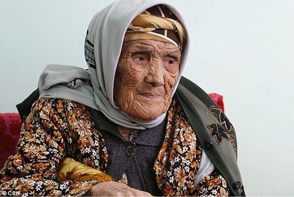 Cụ Tuti Yusupova hưởng thọ 134 tuổi, 274 ngày