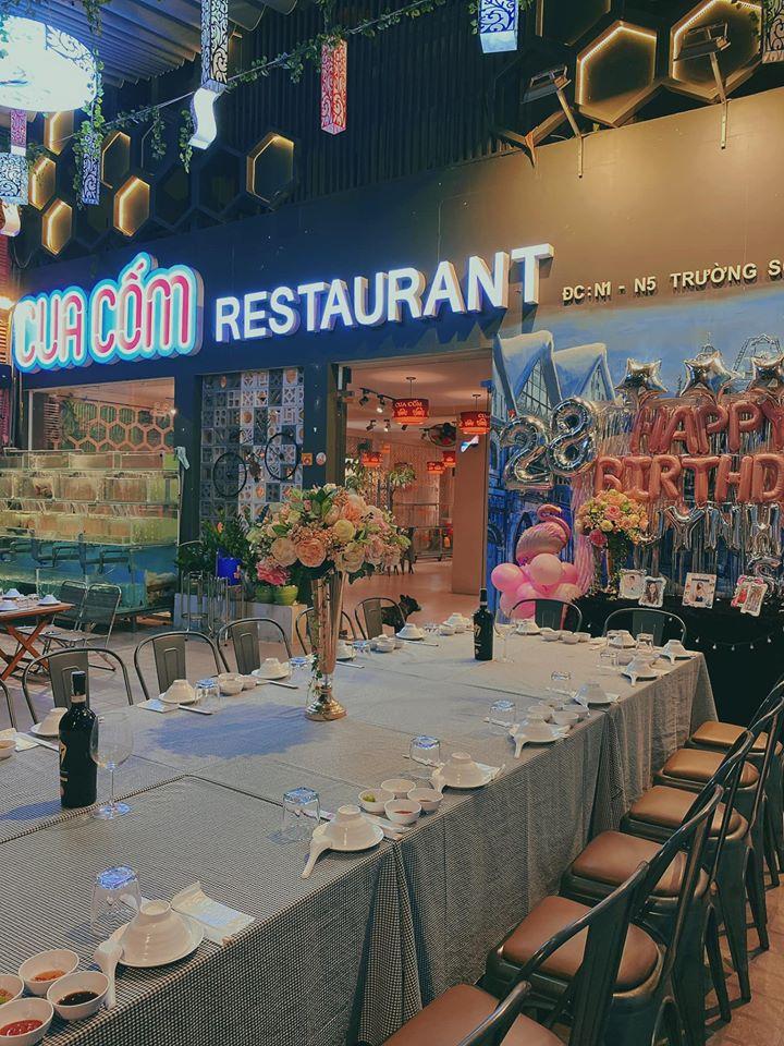 Cua Cốm Restaurant