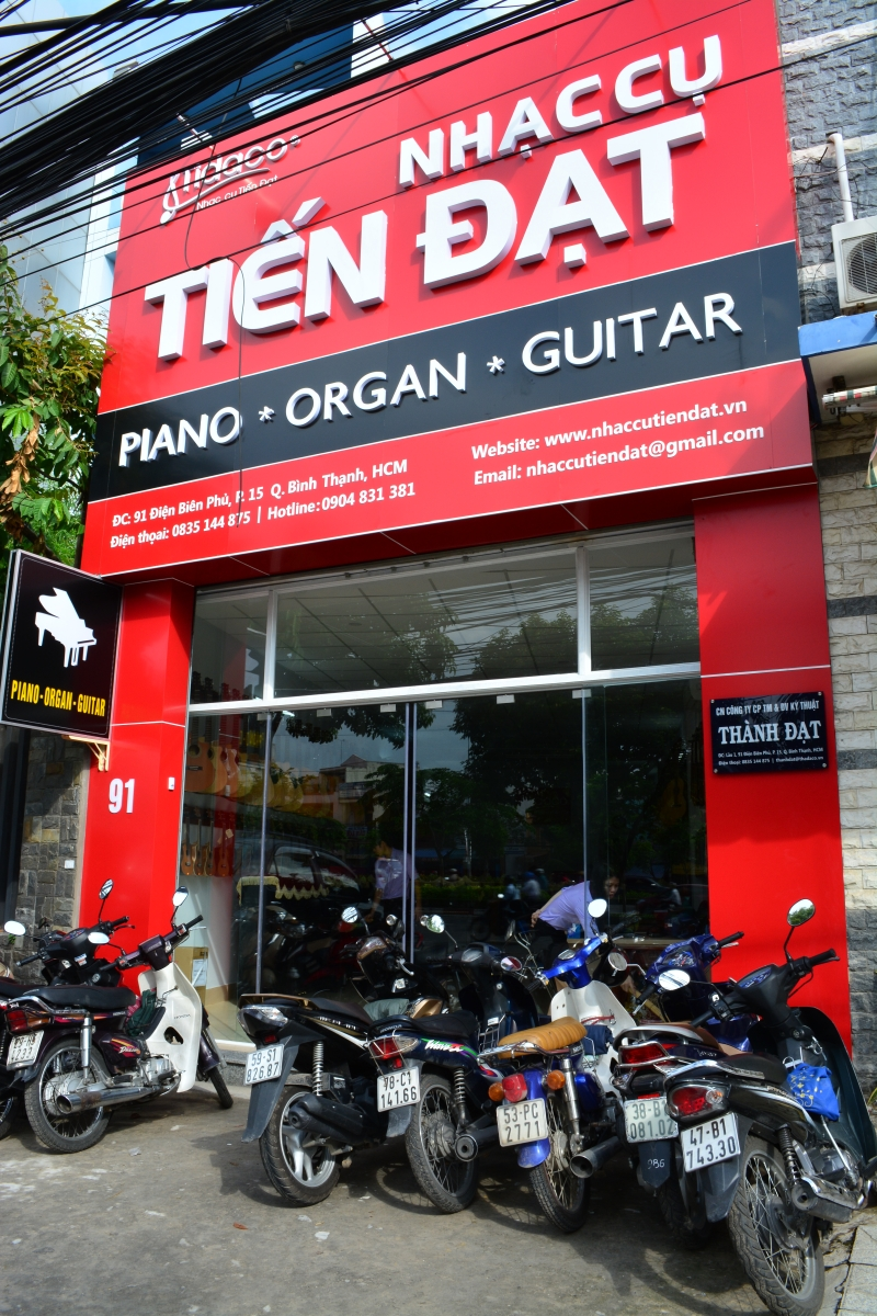 Cửa hàng bán nhạc cụ âm thanh Tiến Đạt
