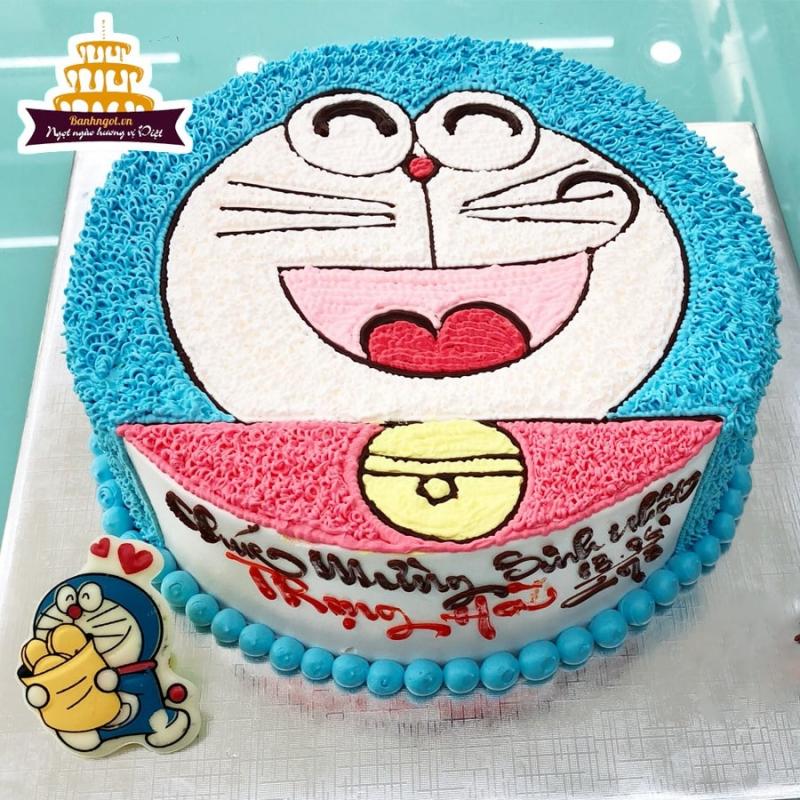 Chiếc bánh sinh nhật hình Doremon dễ thương
