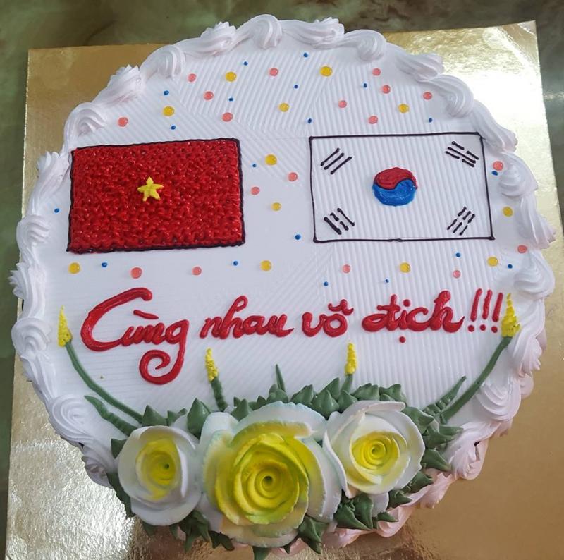 Cửa hàng Bánh Kem tự trang trí Nguyệt Linh