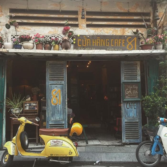 Cửa hàng cà phê 81