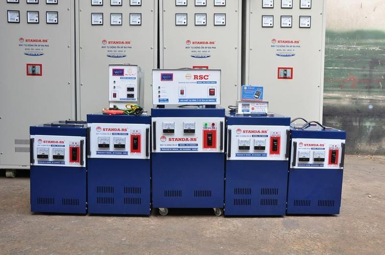 Các loại máy ổn áp đa dạng chủng loại cho khách hàng dễ dàng lựa chọn.