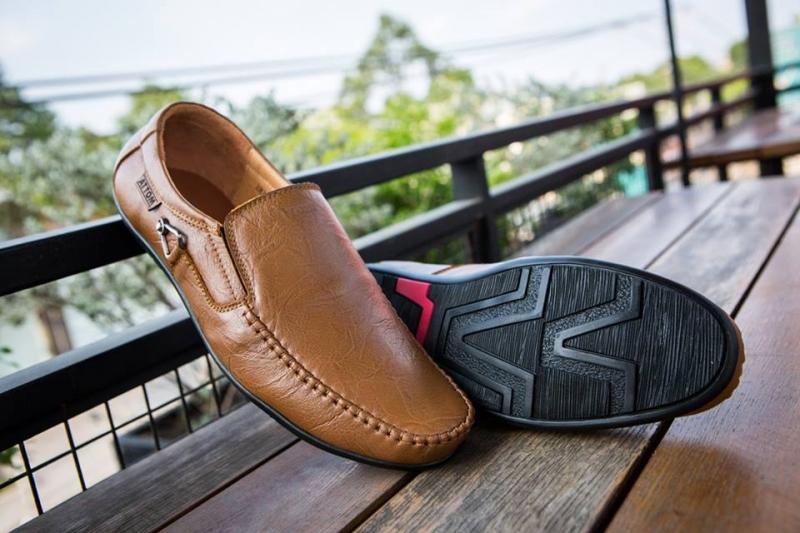 Cửa hàng giày ATTOM - địa chỉ mua giày nam đẹp nhất TP. HCM