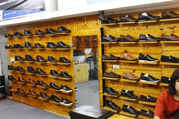 Cửa hàng giày ATTOM