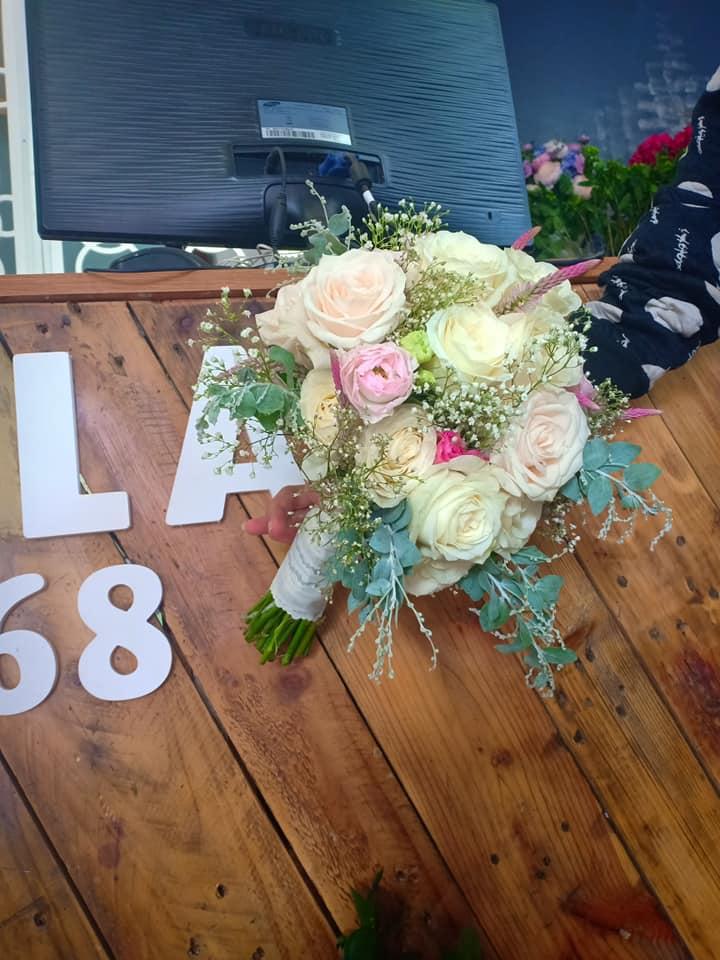 Cửa hàng hoa Trang Salavi Flowers
