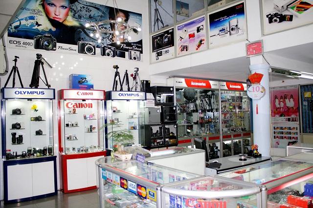 Cửa Hàng Máy Ảnh Chung Yến