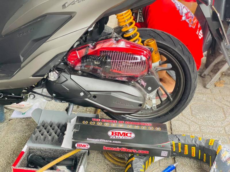 Cửa hàng Siêu Tốc Độ - shop phụ kiện mô tô xe máy uy tín nhất tại TP. HCM
