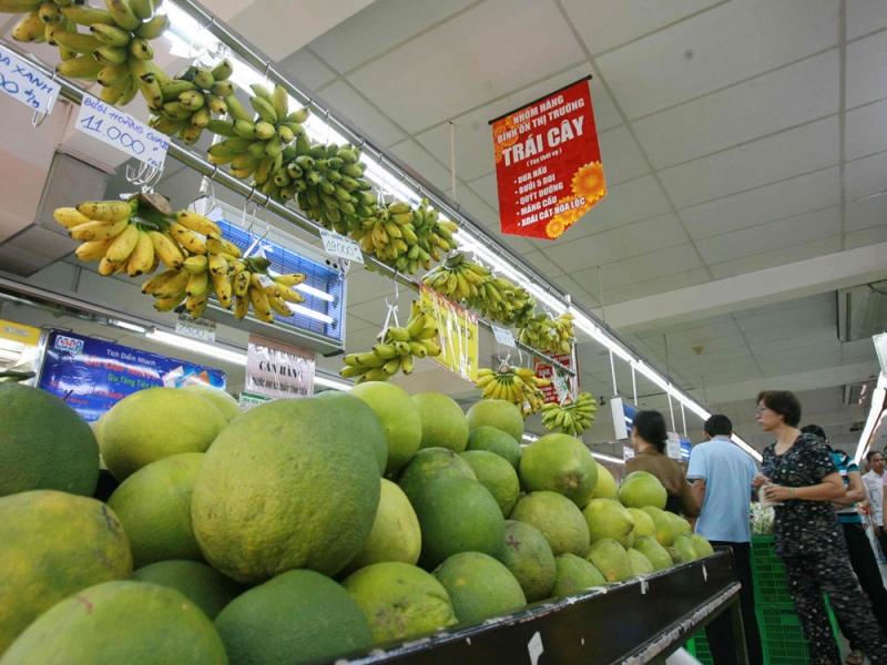 Bên trong cửa hàng thực phẩm sạch Chất Việt