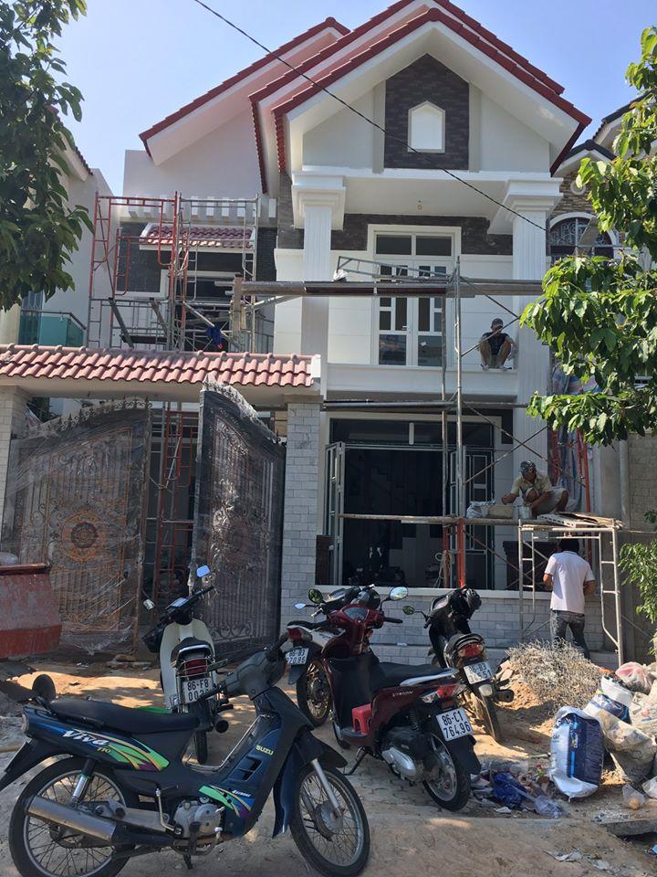 Công trình nhà ở đang thi công với vật liệu tại Cửa hàng VLXD Phúc Thái