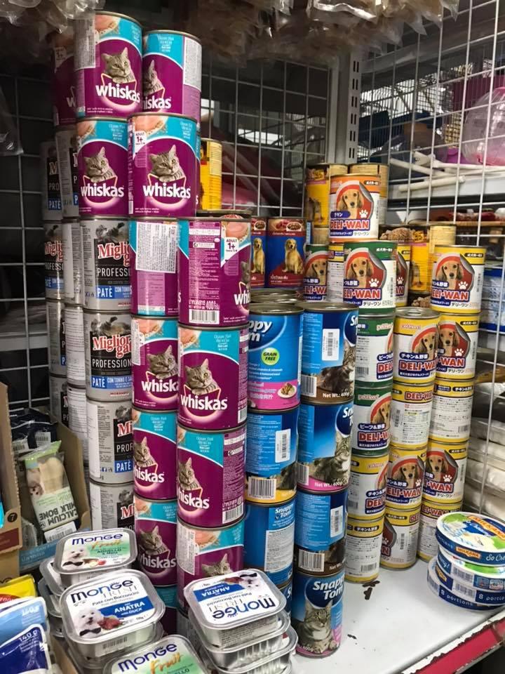 Tại Cún Yêu Shop có đa dạng các loại thức ăn chó/mèo cho khách hàng lựa chọn
