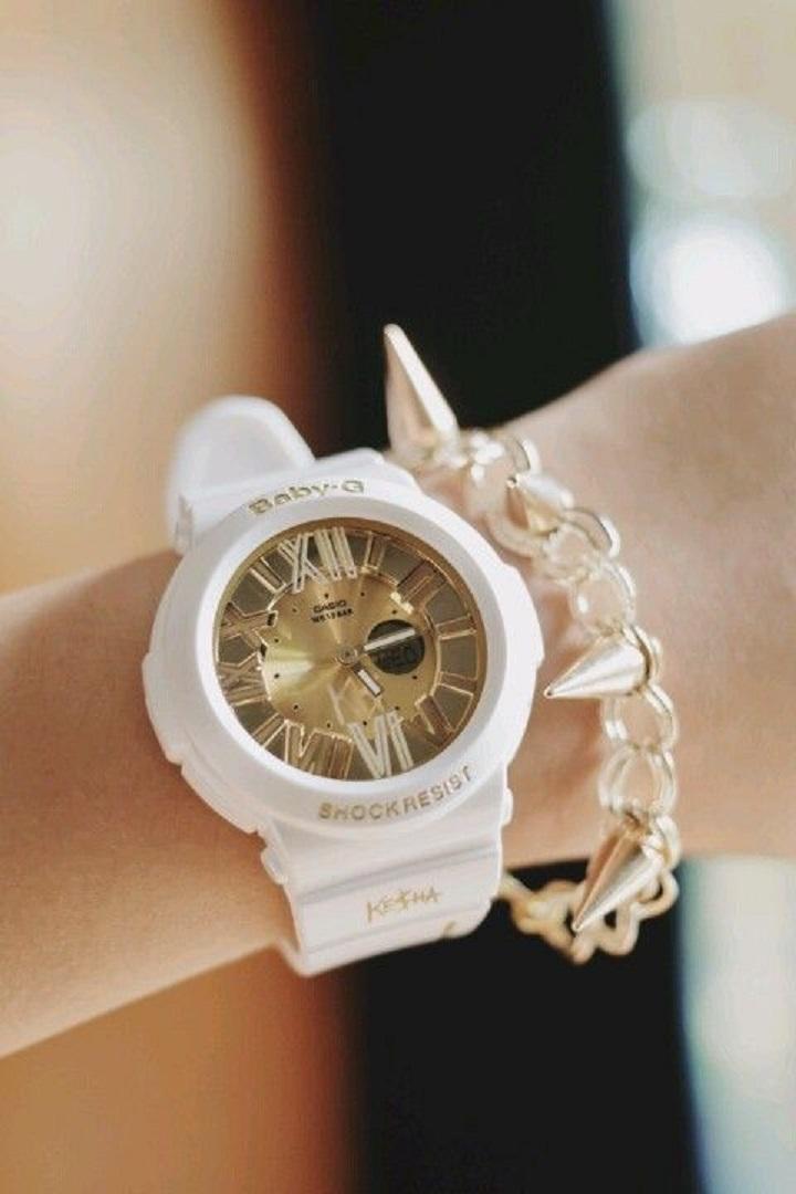 Đồng hồ Baby-G màu trắng