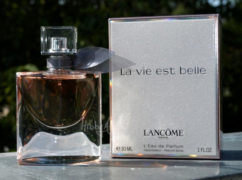 La Vie est Belle dành cho những cô nàng Bọ Cạp