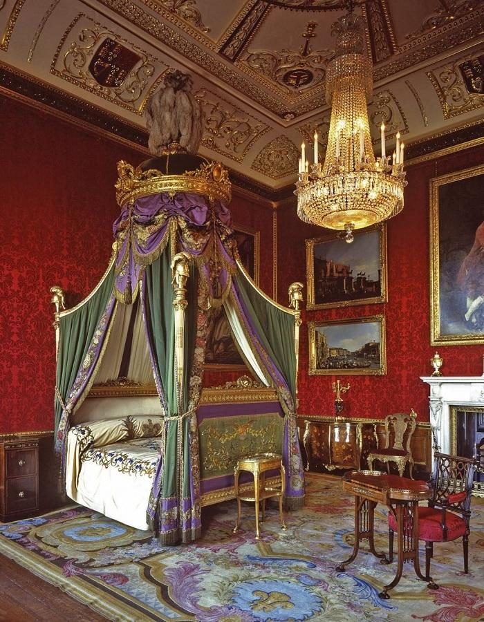 Phòng ngủ trong cung điện