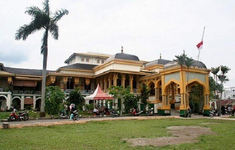 Cung điện Maimun