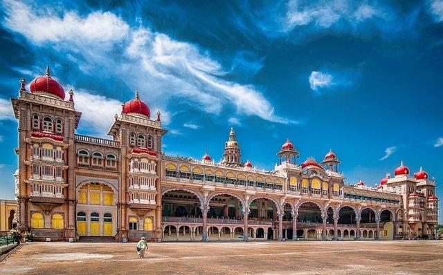Mysore thu hút 6.000.000 lượt du khách mỗi năm.
