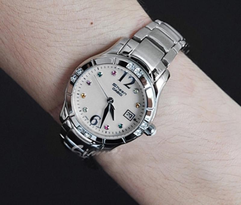 Sư Tử đeo đồng hồ Casio Sheen SHN-4019DP-4ADR.trông thật sang trọng và đẳng cấp