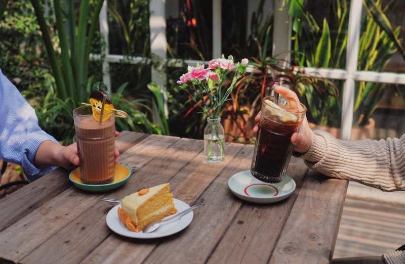 Cup of tea cafe & Bistro - Quán cafe cho người độc thân nhiều view