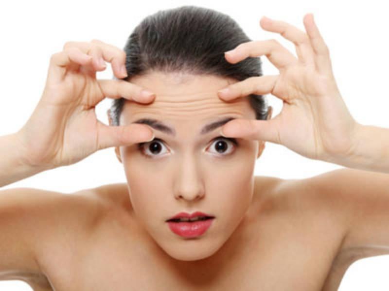 Da xuất hiện các nếp nhăn chính là dấu hiệu da đang bị lão hóa