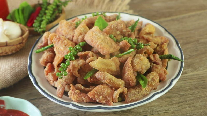 Da gà hoặc các thực phẩm thịt chế biến sẵn
