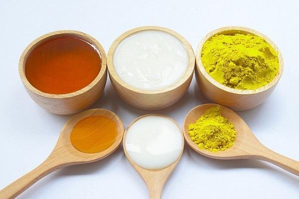 Nên áp dụng cách đắp mặt nạ bằng mật ong và nghệ từ 2 – 3 lần/ tuần để có kết quả tốt nhất cho da bạn nhé.