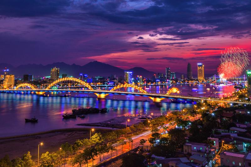 Đà Nẵng về đêm lung linh tuyệt đẹp
